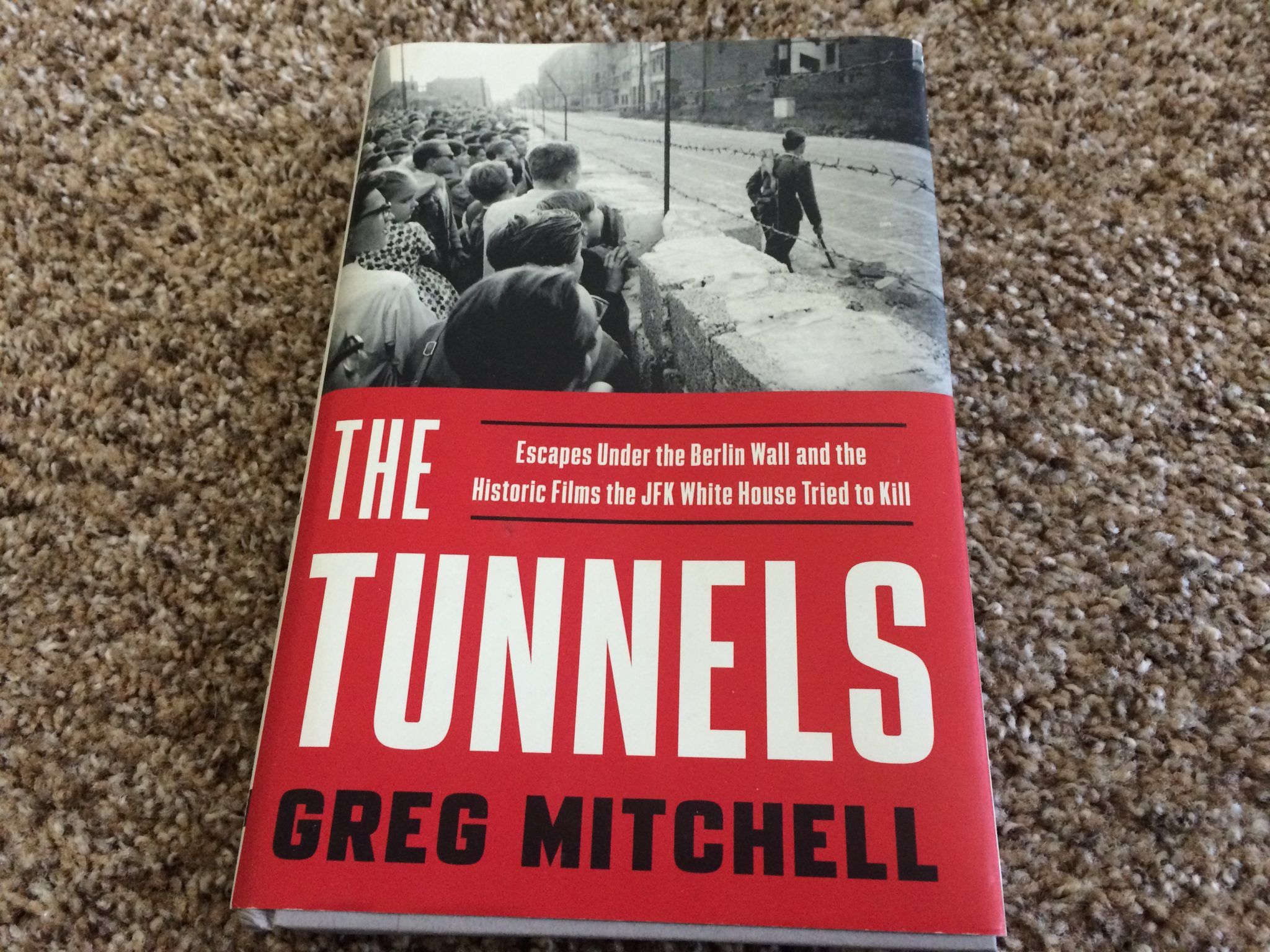 The Tunnels, Book Review
